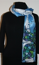 Blue-and-White Silk Scarf with Two Mosaic Flowers - photo 3