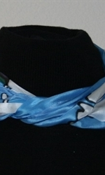 Blue-and-White Silk Scarf with Two Mosaic Flowers - photo 5